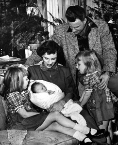 Five year old Virginia(Gigi) (left) and two old Anne admired baby Ruth, nicknamed Bunny.(1950)
