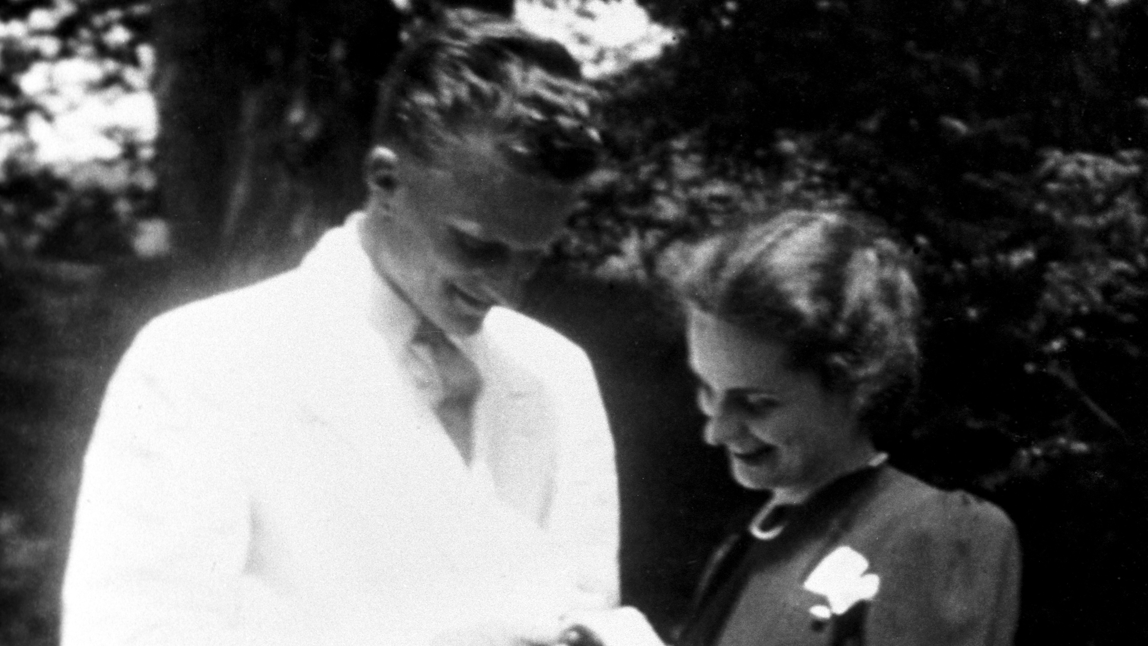 Billy thought Ruth was the woman God had long been preparing to stand beside him.  Her intelligence, practicality, wit, determination, and wholehearted love for Jesus Christ attracted him to her  not to mention that she was the campus beauty!
